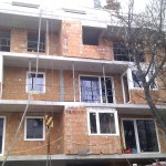 Társasházi ablakbeépítés