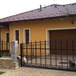 Új építésű családi ház extra hőszigetelésű műanyag ablakokkal