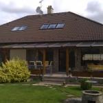 Fa ablakok cseréje műanyagra családi házban