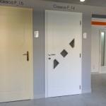 szines-festett-belteri-ajtok