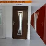 uvegintarzias-festett-belteri-ajto